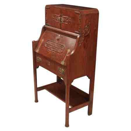 Arts & Crafts Oak Bureau