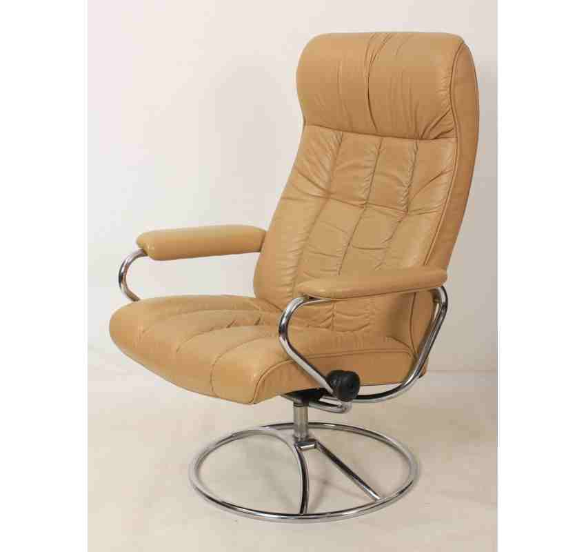 Pair of Mid-Century Leather Reclining Armchairs