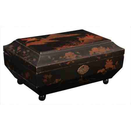 Chinoiserie Lacquered Japanned Jewellery box