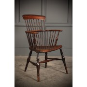 18th Century Elm Comb Back Windsor Chair