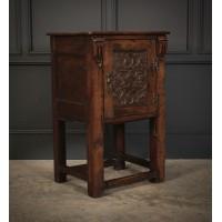 Small Oak Side Cabinet