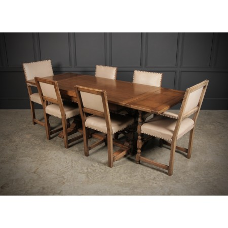 Light Oak Extending Draw Leaf Dining Table & 6 Chairs