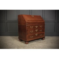 Queen Anne Oak Bureau