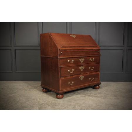 Queen Anne Oak Bureau