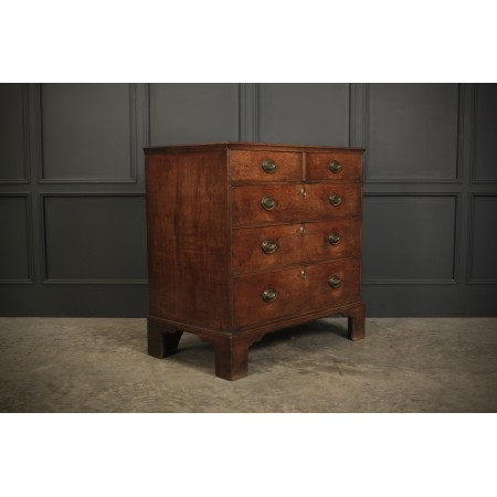 Untouched Georgian Oak Chest of Drawers